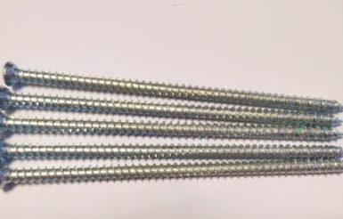 Betonový šroub torx pozi 6 hrotů bílý zinek hi-lo závit